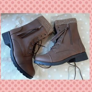 Insulated boots women and youth - laced up